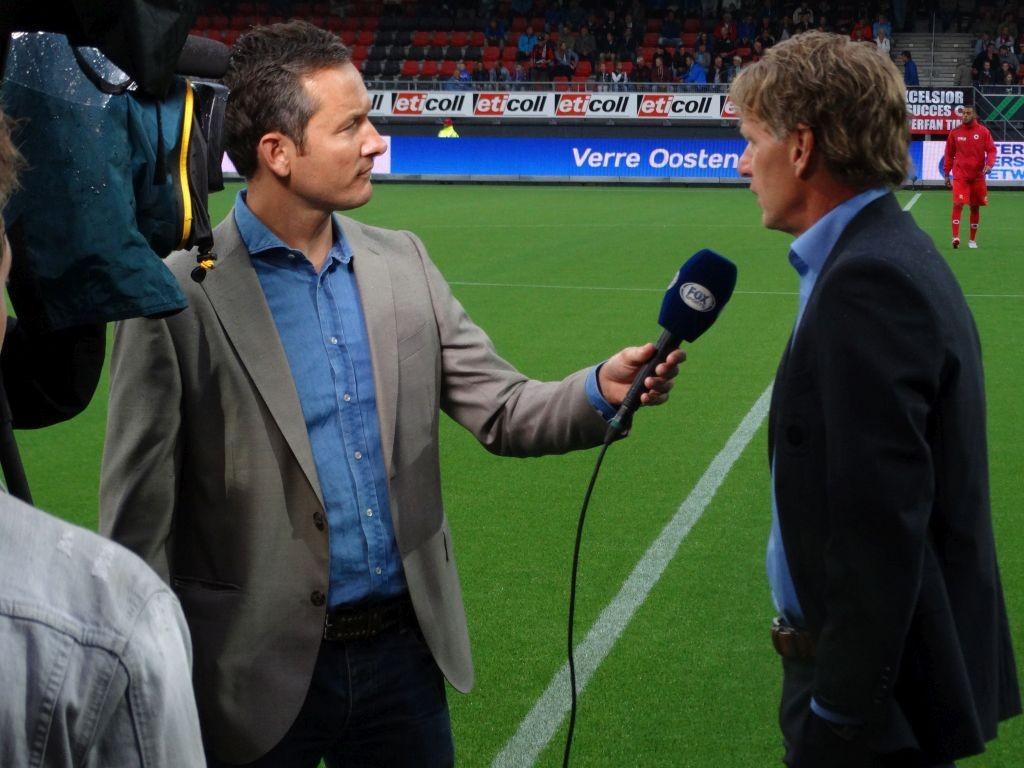 Alfons Groenendijk in zijn eerste officiële thuiswedstrijd in gesprek met Fox Sports.