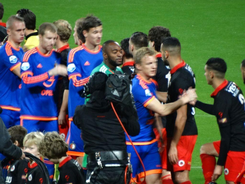 Feyenoord trad aan met de sterkst mogelijke opstelling, dus ook met Dirk Kuyt.