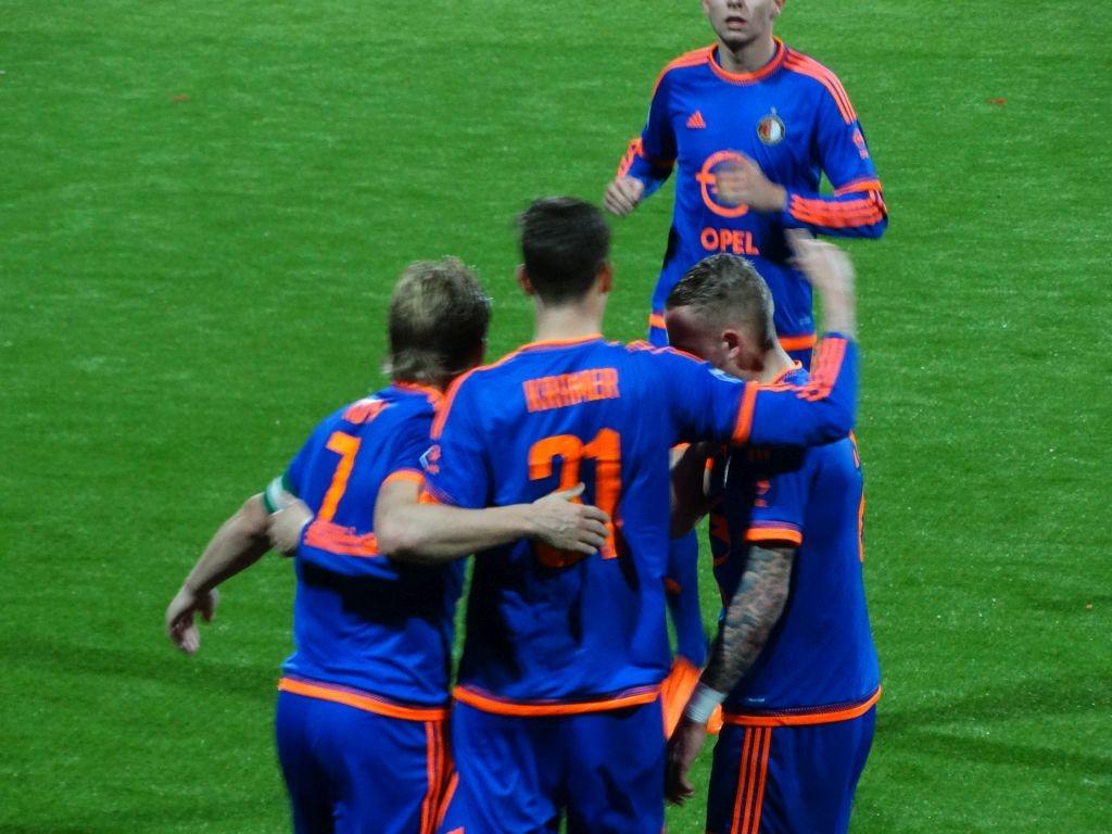 0-2 door een doelpunt van oud Excelsior speler Michiel Kramer.