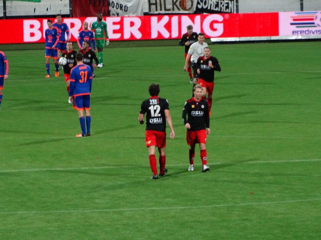Vlak voor rust bracht Van Miegchem de spanning terug: 1-2.