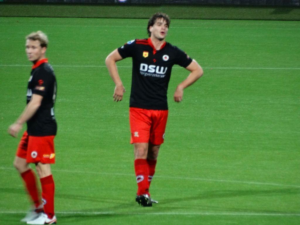 Jurgen Mattheij pept zijn ploeggenoten op.