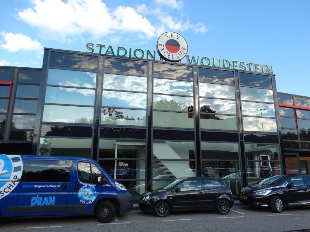 De nieuwe entree van stadion Woudestein