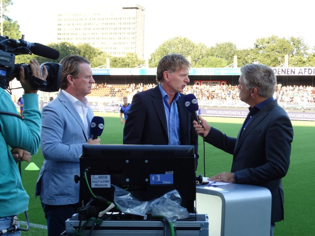 Alfons Groenendijk met naast zich Mario Been en een verslaggever van Fox Sports